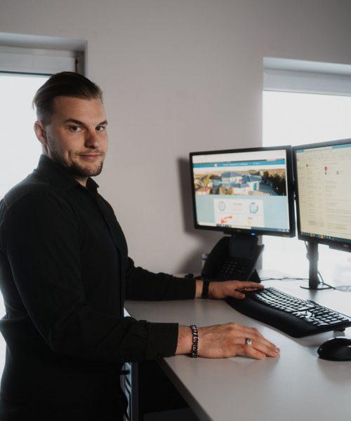 F&P Blitzschutz: Verwaltungsmitarbeiter Robin Laßahn